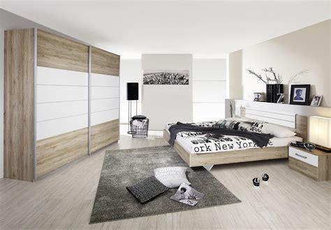 chambre a coucher contemporaine adulte chambre adulte contemporaine coloris chêne clair blanc