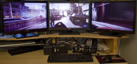multi monitor gaming desk triple screen gaming on today 39 s graphics cards the tech