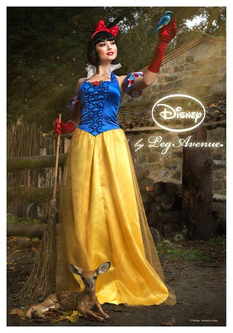 Womens Disney Princess Snow White Costume - Halloween ...