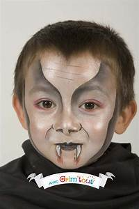Maquillage Halloween Garçon : un super maquillage pour se transformer en dracula junior halloween halloween makeup ~ Melissatoandfro.com Idées de Décoration