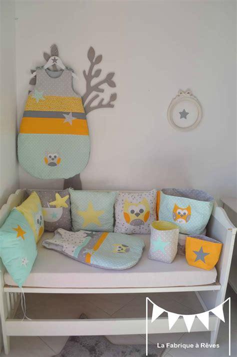 linge de chambre decoration chambre bebe jaune