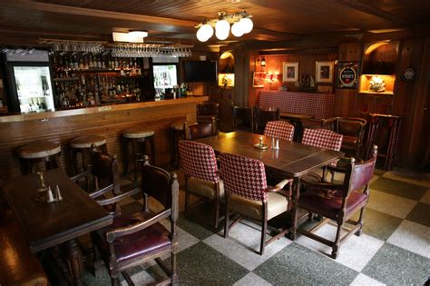 pub cuisine genuine pub experience in lansing the inn