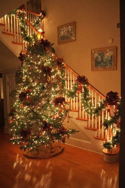 staircase decoration ideas  christmas xcitefunnet