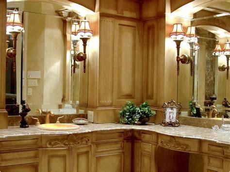 Traditional Bathroom Design by Key Interiors By Shinay Traditional Bathroom Design Ideas
