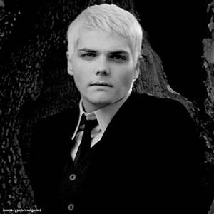 b&,w, beautiful, black and white, gee, gerard way - image ...