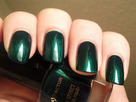 25+ Unique Dark Green Nail Polish Ideas On Pinterest