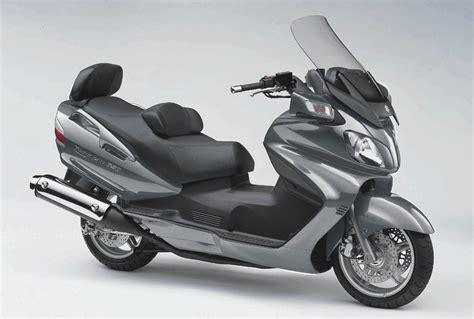 Suzuki Bergman 650 by Suzuki Burgman 650 Executive 187 Road Tests 187 2commute