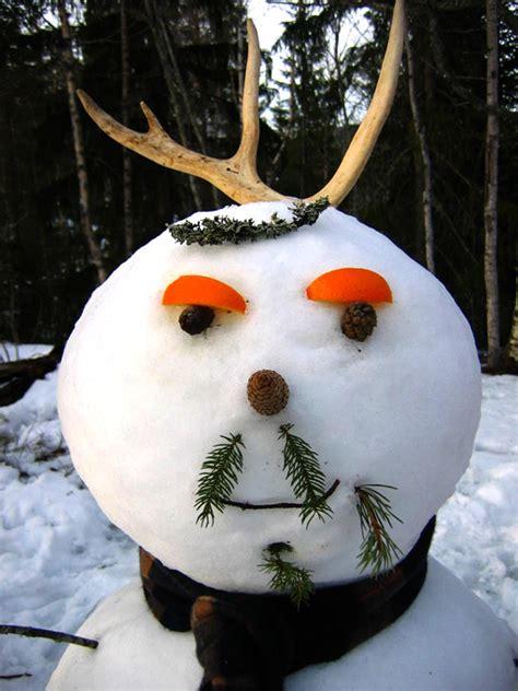 interesting snowman  fun unusual ways  build