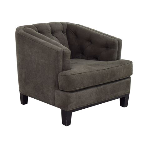 gray tufted chair 87 rooms to go rooms to go grey tufted chair chairs 1332