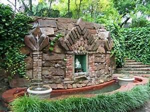ordinaire fontaine murale exterieure design 3 la d233co With fontaine de jardin moderne 3 la deco exterieure avec une fontaine murale archzine fr