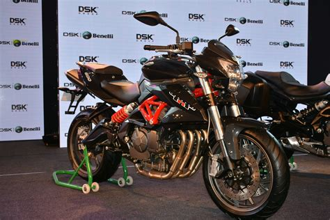 Benelli Tnt 15 Photo by Benelli India Lineup Photo Gallery Autocar India