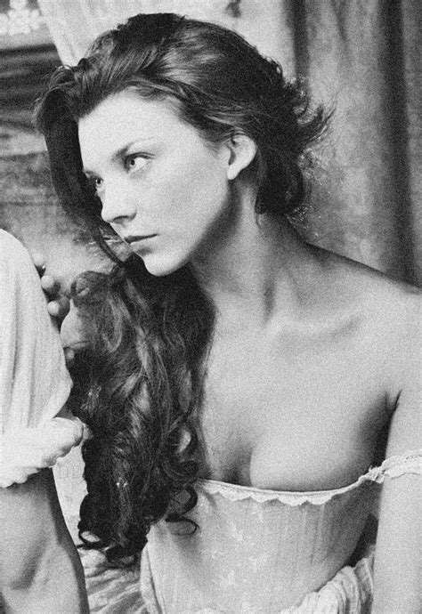 Natalie Dormer As Boleyn by 746 Best The Tudors Fashion Images On