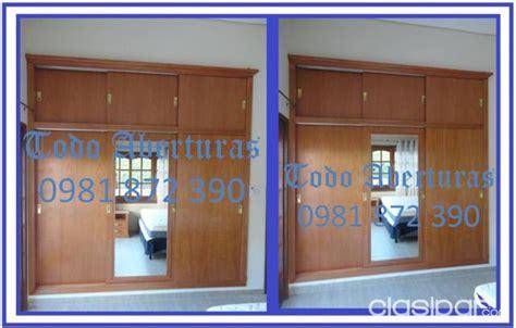 puertas ventanas placares mueble de cocina mesa