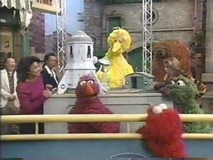Muppet Sesame Street Worms in Space
