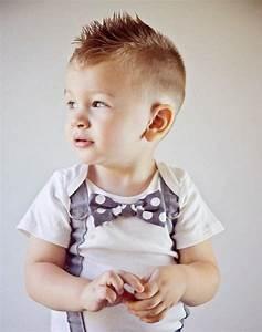 Frisur Kleinkind Junge : 1001 trendige und coole frisuren f r jungs frisuren frisur kleinkind junge kleinkind junge ~ Frokenaadalensverden.com Haus und Dekorationen