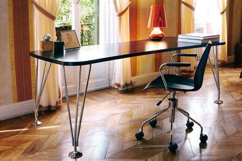 kartell bureau max bureau table design kartell en acier et stratifié