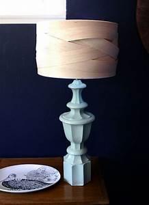 Ausgefallene Lampen Selber Bauen : lampenschirm selber machen balsaholz flechten hellblauer fu diverse pinterest lampen ~ Markanthonyermac.com Haus und Dekorationen
