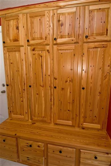 yellow pine kitchen cabinets photo 9294 southern yellow pine cabinets these 1698