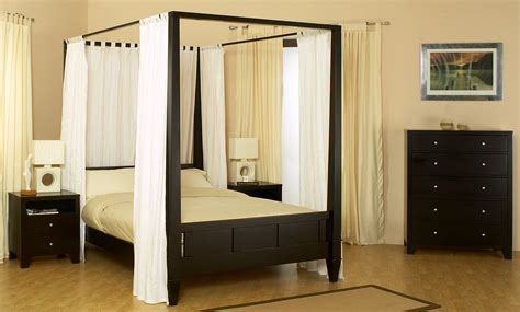 Bedroom Canopy by Choose The Right Canopy Bedroom Sets That Will Make Your