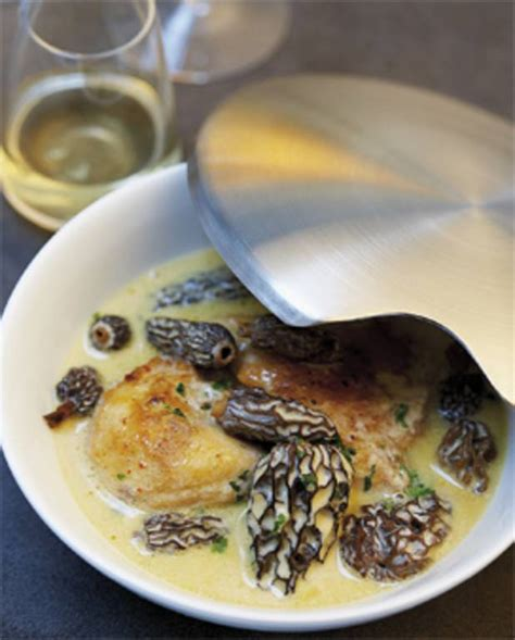 cuisine et vin de recette poularde aux morilles et au vin jaune pour 8 personnes