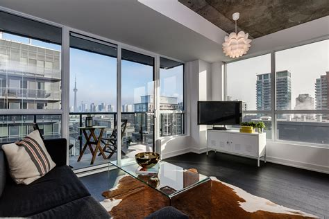 2 bedroom condos for 1030 king west condos for