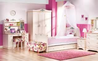 roomsto go kids أجدد ديكورات غرف نوم للبنات 2016 غرف نوم للفتيات 2016