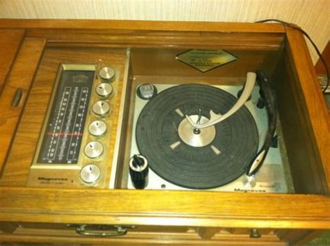 Magnavox Record Player Cabinet Needle by Antique Radio Forums View Topic Trying To Id A