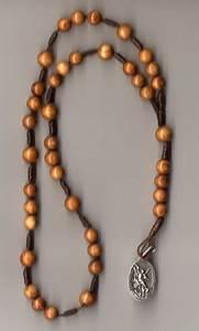 collier de perle servant a compter les prieres
