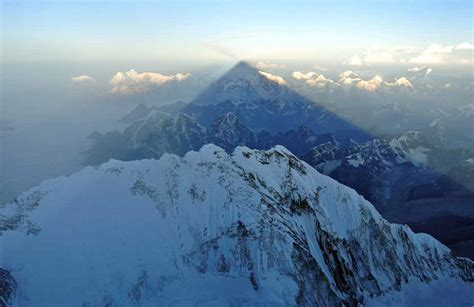 guided mount everest climbing expeditions  mountain trip