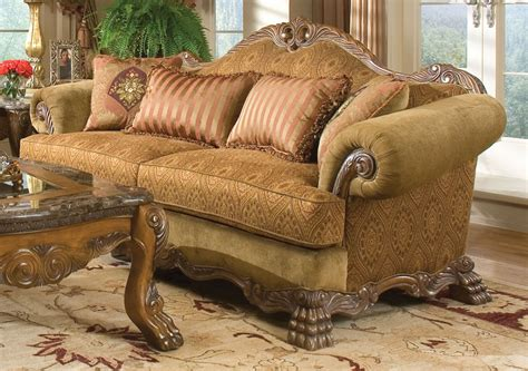 elegant  classic touch  traditional couch application