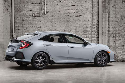Hatchback Cars : New 2017 Honda Civic Hatchback Officially Unveiled By Car