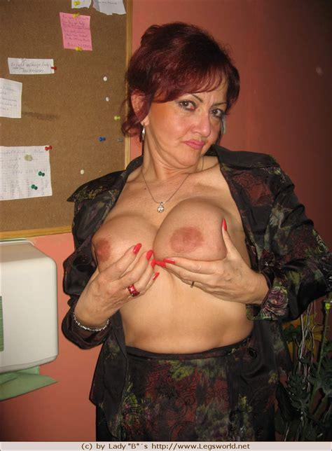 2007 01261 Porn Pic From Mature Submissive Slut Gina