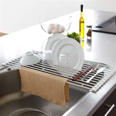 accessoire de rangement cuisine 5 solutions quot gain de place quot pour cuisine à moins