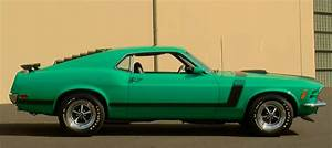 GRABBER GREEN 1970 MUSTANG BOSS 302 IN TOP SHAPE | HOT CARS