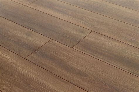 aqualock mm laminate flooring barn oak