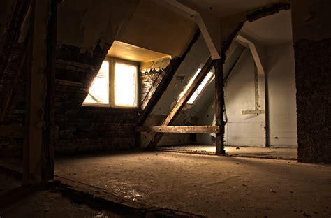 Zimmer Mit Balken Foto & Bild