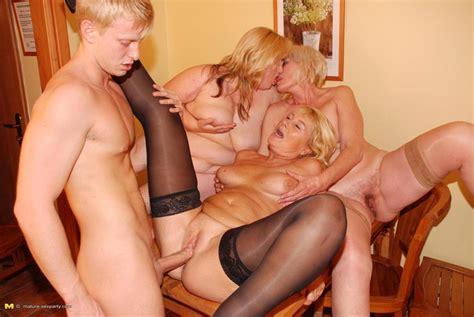 Lucky Dude Fucking And Cumshoting Three Blonde Mature Ladies Pichunter