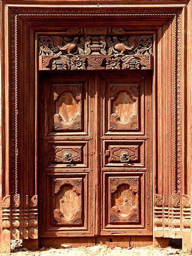 Sri Sathya Sai Antique   Manufacturer of Teak Wood Main