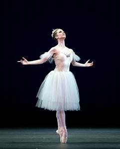 Famous Ballet Dancers | Home | famous ballet dancers ...
