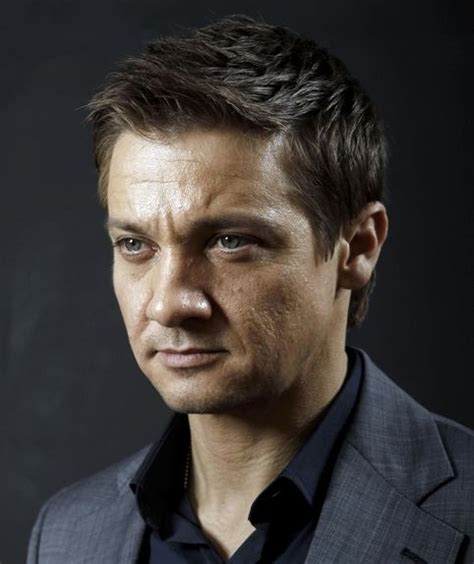 Jeremy Renner Movies Bio Lists Mubi