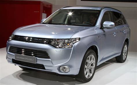 Mitsubishi Oulander by News Mitsubishi Outlander 2013