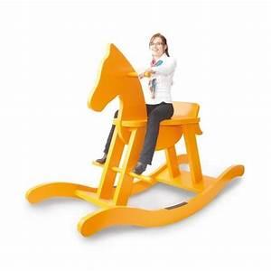 Cheval A Bascule : cheval bascule g ant en bois pinolino ~ Teatrodelosmanantiales.com Idées de Décoration