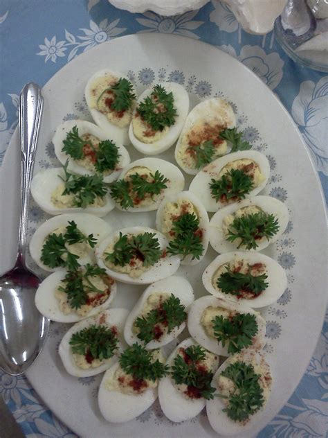 christmas deviled egg plates house of rumpley