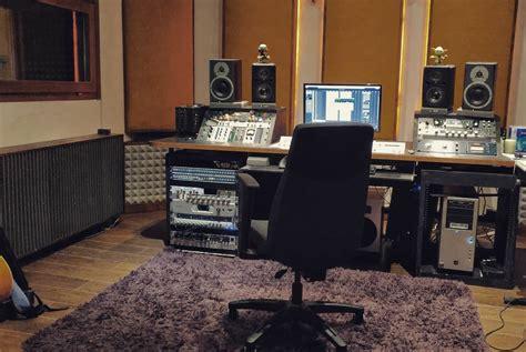 mobili studio di registrazione studio di registrazione v3 recording sala ripresa e regia