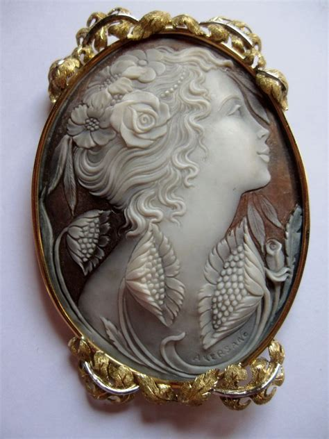 vintage  large hand carved shell cameo  gold ornate