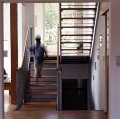 Dübel Für Hohle Wände : freie treppe wei stahl randger st holz elemente treppe ~ Articles-book.com Haus und Dekorationen