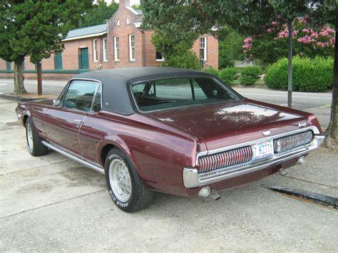 File:1967 Cougar XR7 burgundy rl.jpg - Wikimedia Commons