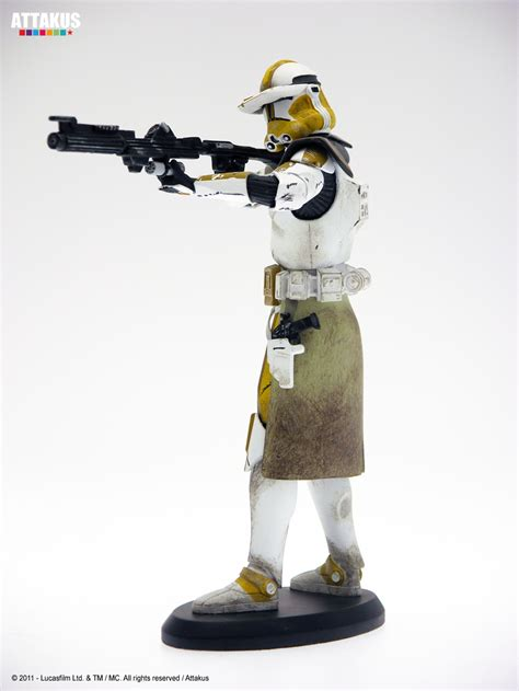 siege sociale orange commander wars attakus porcelain statue only