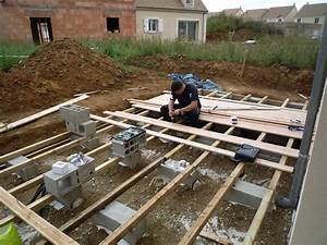 faire une terrasse en bois sur parpaing zimerfreicom With terrasse bois sur parpaing plein