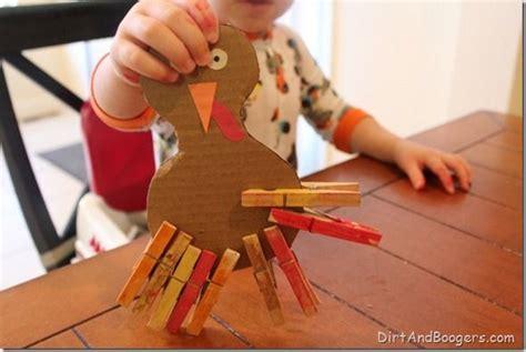 thanksgiving toddler craft fine motor paint october